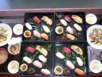 今日のお昼はお寿司でした