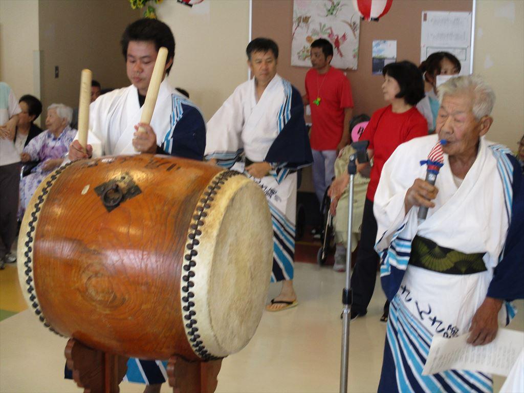 さんさ踊り保存会の皆様による盆踊り